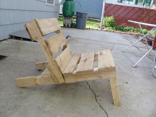 En tiempo de crisis capitalista como hacer muebles con for Como hacer muebles con palets de madera
